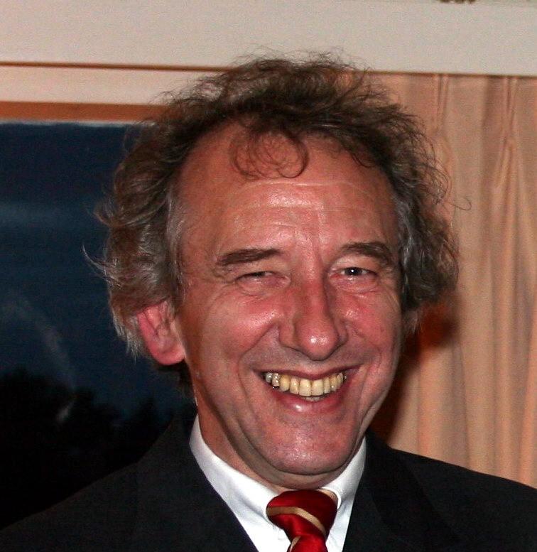 Dr. Henk de Swaan Arons, Lecturer, Erasmus University Rotterdam.
